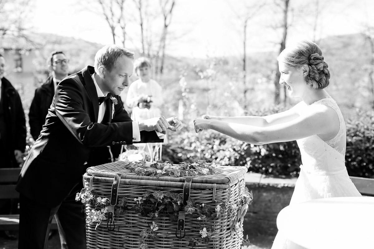 Hochzeitsfotograf-Bielefeld-2016-04-23057