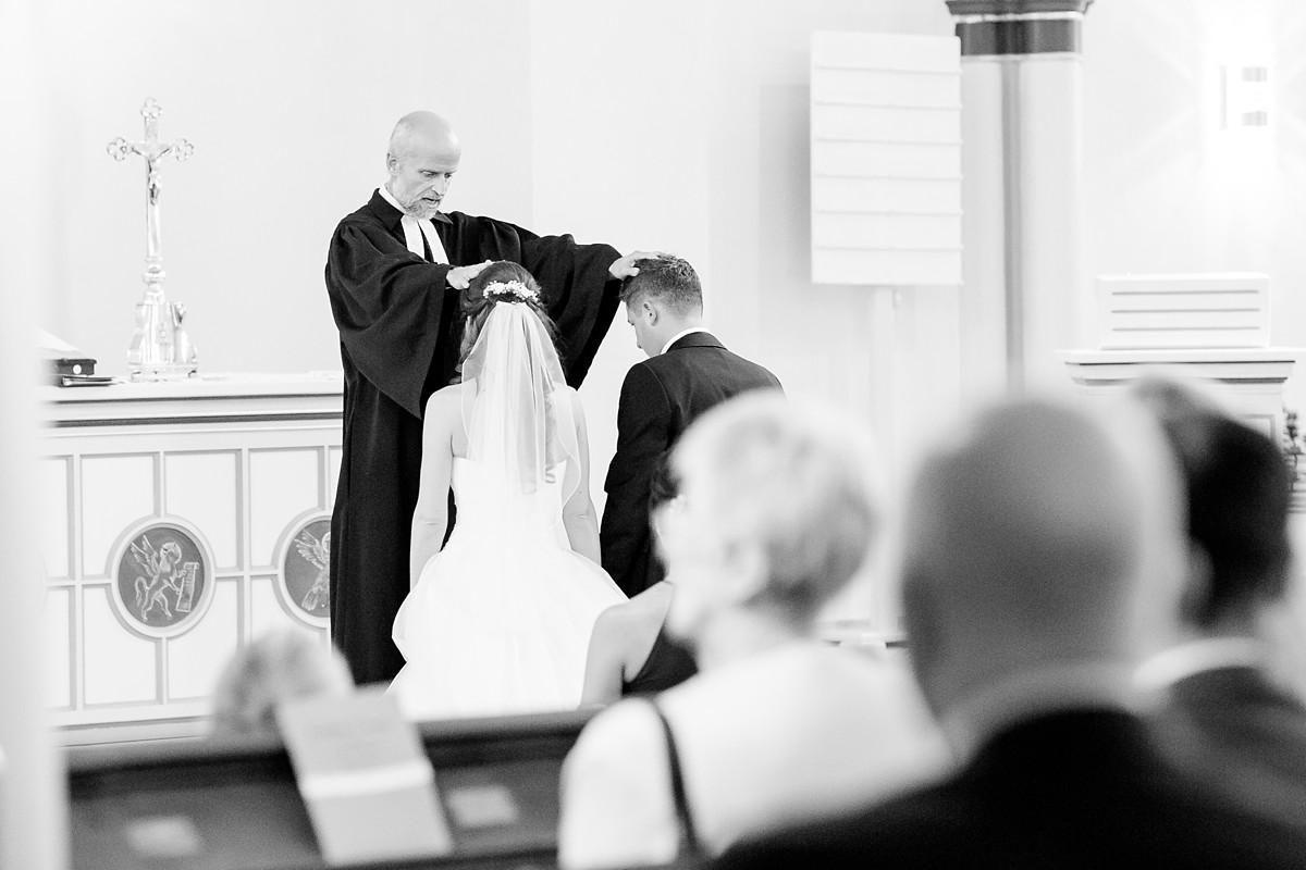 Hochzeitsfotograf-MeyerzuMüdehorst-Bielefeld-KirchlicheTrauung-FotografNRW_0201
