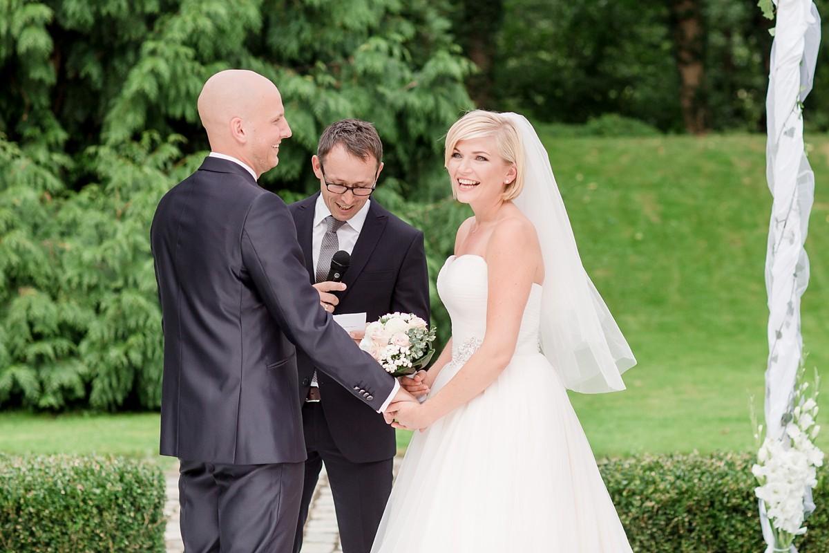 Hochzeitsfotograf-SchlossOvelgönne-FreieTrauung-FotografNRW_0069