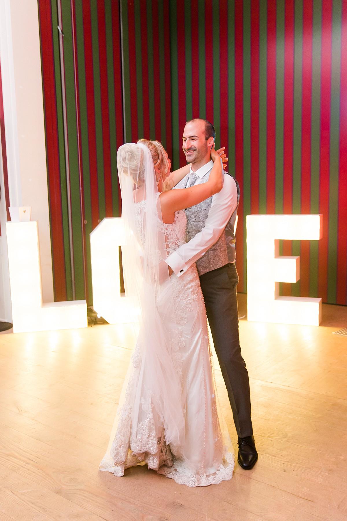 Hochzeitsfotograf-Wedding-Paderborn-Graeflicher-Park-Marco-Huether-Fotograf_0120